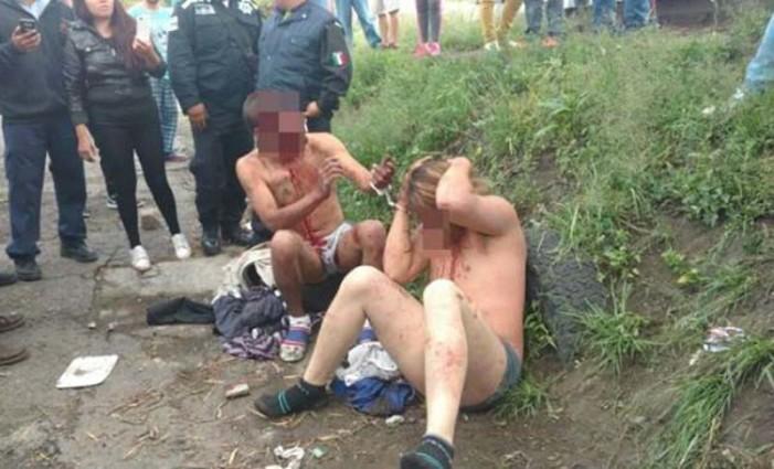 Golpean y desnudan a presuntos ladrones en Ecatepec (VIDEO)