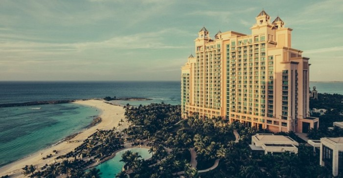 Priistas, panistas y empresarios entre los inversores del paraíso fiscal de las Bahamas, hay 432 mexicanos
