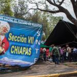 Maestros cierran edificios de los tres niveles de gobierno en Chiapas