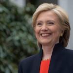 Hillary Clinton se burla de Trump en twitter