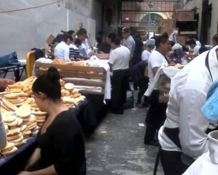 'Callejón de las tortas', donde prepararon alimentos para acarreados del Grito de Peña Nieto