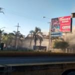 Hombres armados incendian bar en Jalisco (video)