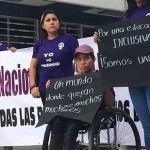 Denuncian a UABJO por discriminar a universitaria con discapacidad