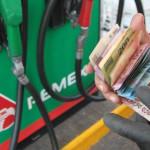 Precio de las gasolinas podría dispararse hasta 17.75 pesos en 2017