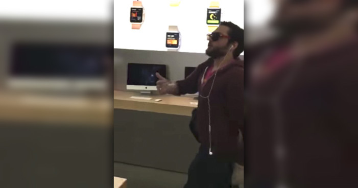 Hombre destruye iPhone tras iPhone en tienda de Apple (Video)