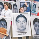 Padres de los 43 y gobierno federal acuerdan reunirse cada mes