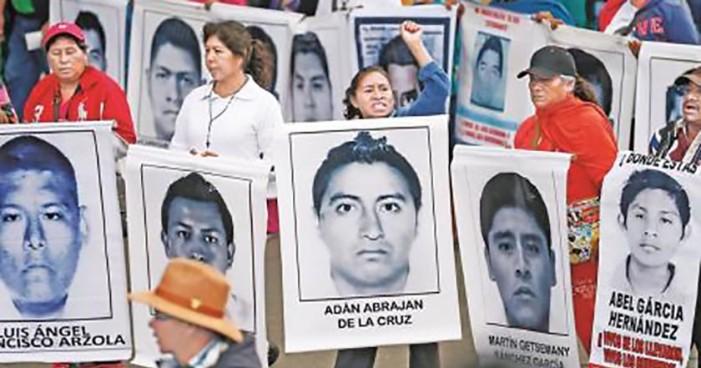 Por falta de resultados, padres de los 43 suspenden diálogo con PGR
