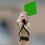 Sacan la primera tarjeta verde en la historia del futbol
