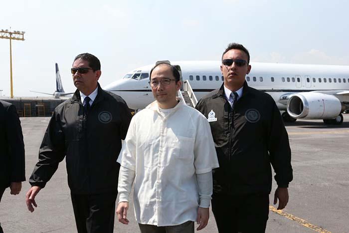 EU entrega a Zhenli Ye Gon al gobierno de México