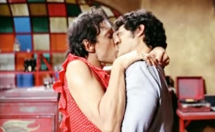 Gonzalo Vega y el primer beso gay del cine mexicano (VIDEO)