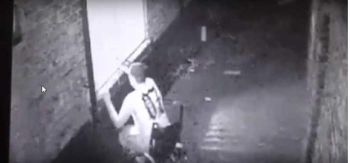 Ladrón con una sola pierna y en silla de ruedas irrumpe casa