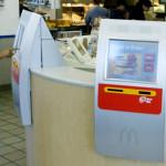 McDonald's reemplaza a trabajadores con máquinas