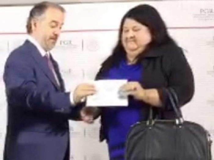 PGR entregará en pagos chiquitos dinero recuperado del erario de Veracruz
