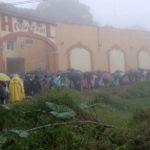 Indígenas 'clausuran' subestación de CFE en Cuetzálan