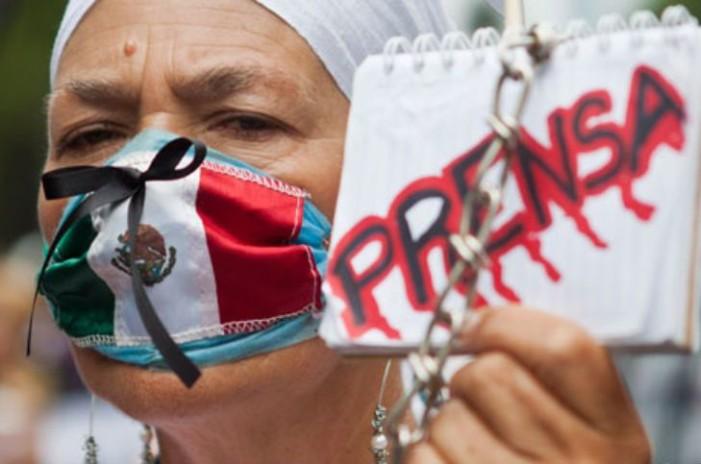 Periodistas piden a Peña seguridad y poner fin a impunidad de sus agresores