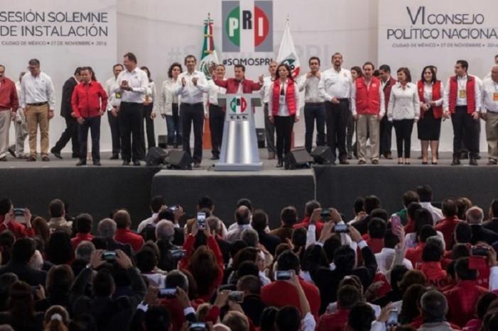"""En pleno congreso del PRI, Peña dijo """"Primero el PAN…""""; todos hicieron de la vista gorda (VIDEO)"""