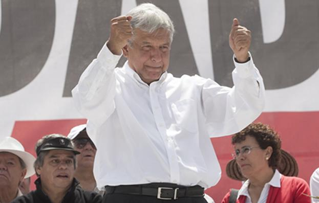 En Oaxaca 45 mil militantes renuncian al PRD y se suman a Morena