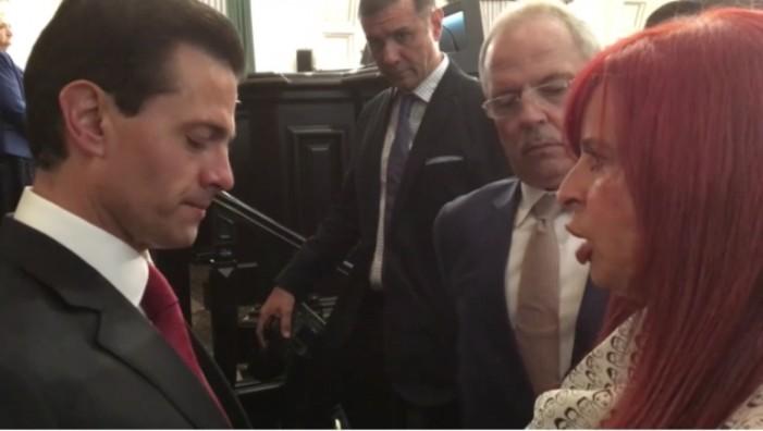 '¿Dónde están los 43? ¡Usted lo sabe!', pregunta senadora a Peña Nieto (video)