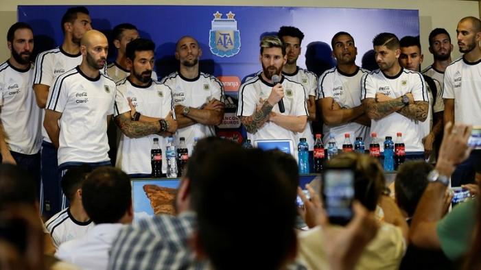 Selección argentina 'rompe' con la prensa (VIDEO)