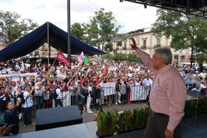 Miguel Ángel Yunes dijo que cimbraría al país y sólo elogió a Peña: AMLO