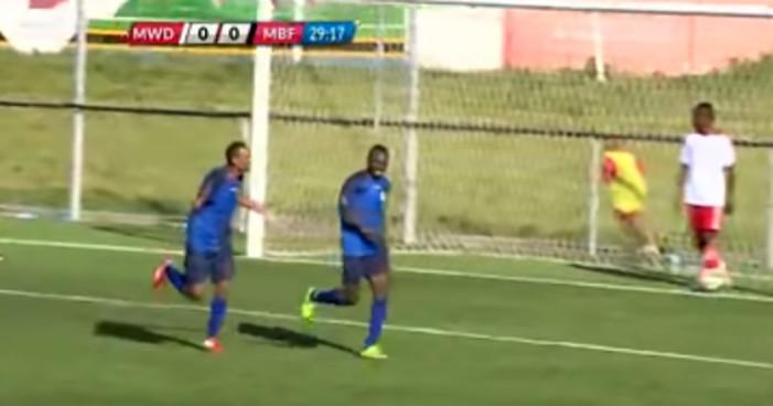 Futbolista mete un gol y muere segundos después