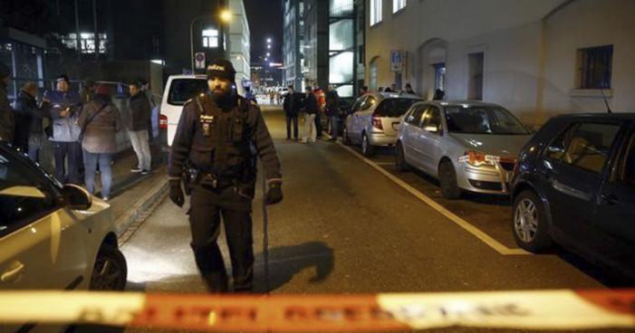 Tiroteo en centro musulmán de Suecia deja 3 heridos