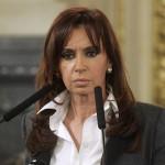 Procesan y embargan a Cristina Fernández de Kirchner