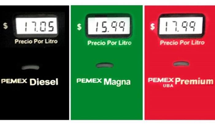 Gasolinazo genera críticas y hasta promoción de boicots a Pemex por Jenaro Villamil