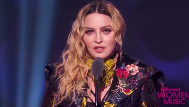 """Madonna se vuelve viral: """"tienes permitido ser bonita y sexy pero no actúes muy inteligente"""" (video)"""