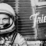 Muere el primer astronauta de EU en orbitar la Tierra