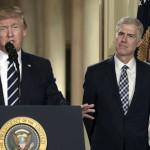 Trump elige a sustituto de juez ultraconservador en Suprema Corte