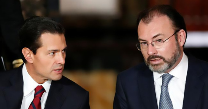 'Peña/Videgaray, achichincles de Trump'