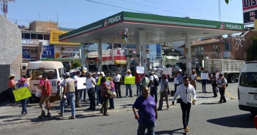 Protestan en varias zonas de Guerrero por gasolinazo chilpancingo pemex gasolinería
