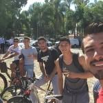 Jugadores de Chivas se unen a la protesta, dejan sus coches y no cargan gas