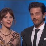 Diego Luna presentó en español un premio en los Globos de Oro
