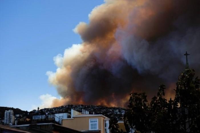 Chile en estado de catástrofe por incendios forestales