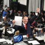 MORENA propone quitar registro a partidos políticos que compren el voto
