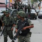 Militares asesinaron y sembraron pruebas a ingeniero y estudiante, acusan familiares