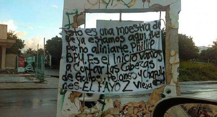 Con narcomantas, Zetas se atribuirían atentado en Playa del Carmen