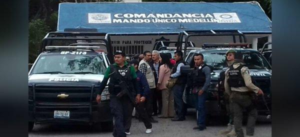 Por saqueadores, detienen a 19 policías en Veracruz