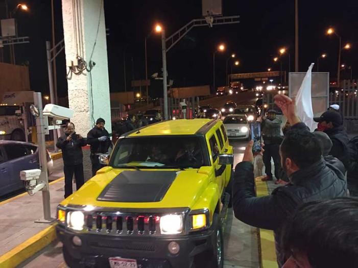 Dan paso libre en aduanas fronterizas por gasolinazos