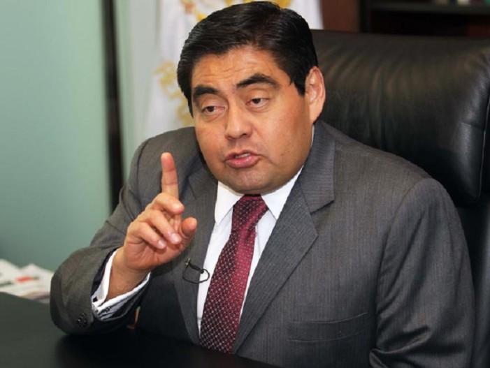Cercano a Peña Nieto filtró información sobre espionaje, y seguirán espiando: Barbosa
