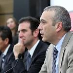 Reducen un 10% al sueldo de los 11 consejeros del INE