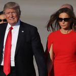 Trump rechaza ir con Melania de la mano (Video)