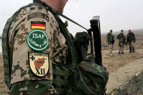 Denuncian 'humillaciones, rituales y abusos sexuales' en base militar alemana