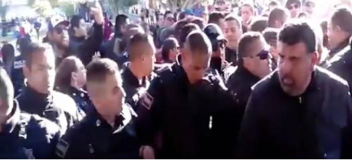 Desalojo violento contra manifestantes en Mexicali