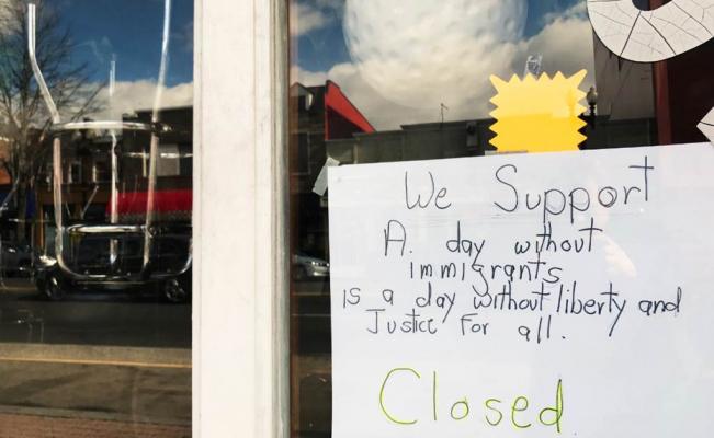 """Protesta """"Un día sin inmigrantes"""" cierra negocios en EU"""