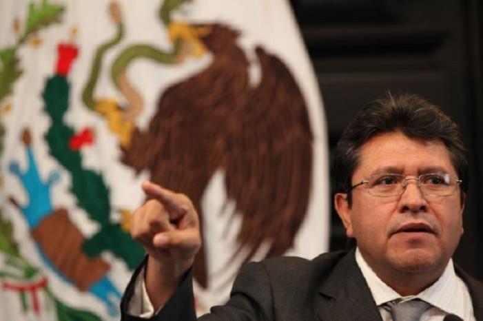 Ricardo Monreal sería invitado a ser candidato del PRI por la Ciudad de México