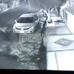 Captan en video el robo violento de un auto en Ecatepec