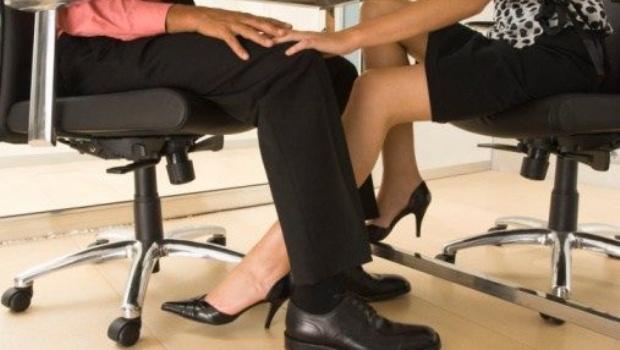 En Suecia proponen una hora para tener sexo en el trabajo